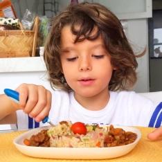 """O hábito de """"limpar o prato"""" pode ser prejudicial"""