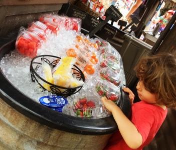 1. Frutas geladinhas na Disney