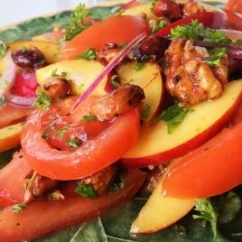 Salada de nectarina com tomate