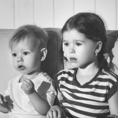 Tire as crianças da sala: muita TV afeta o pratinho e o boletim